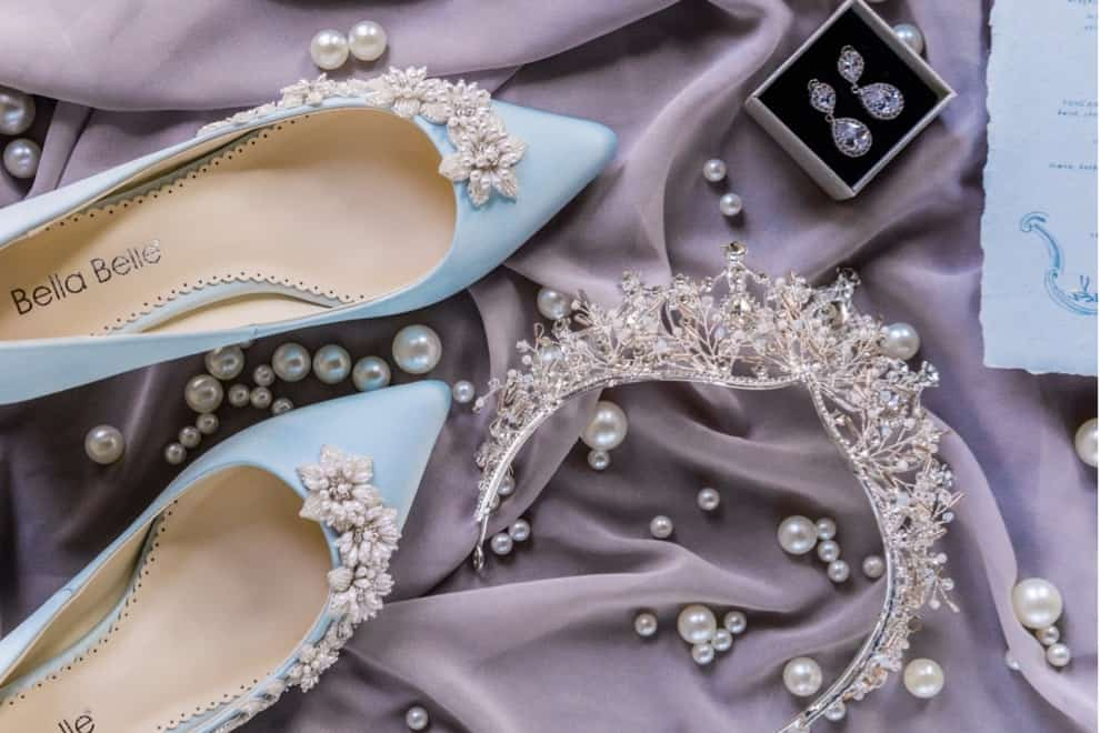 blue bridal shoes and pearl bridal crown